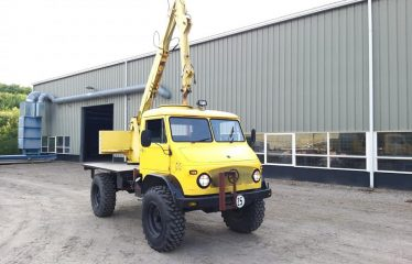 Unimog with crane in top condition!!